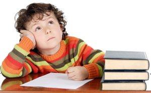 Como-motivar-a-un-niño-a-estudiar