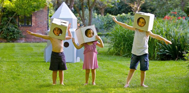 niños-jugar-jardin-sl